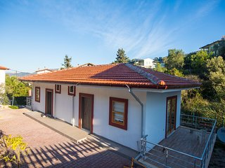 Brother's Home Hisaronu Daily Weekly Rentals