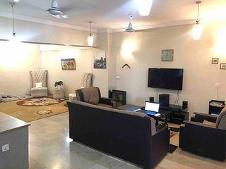 3 Bed Fully Furnished Private Apartment