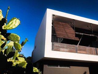 Villa Contour, design villa Jan Thiel met uitzicht