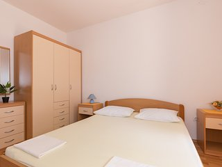 Cozy room in Mlini with Internet, Air conditioning, Balcony
