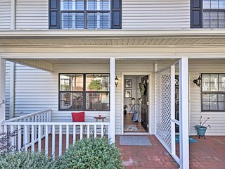 Greenville Townhome w/ Patio, 20 mins. to Clemson!