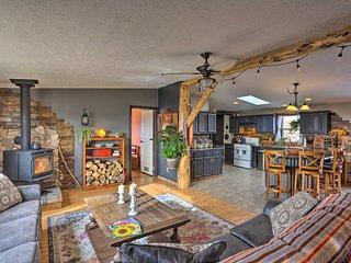NEW! Cozy Black Hills Home w/13 Acres, Deck & View