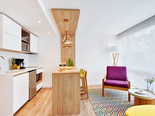 Urban Heights 302 - Trendy Studios in Exciting Chapinero Alto