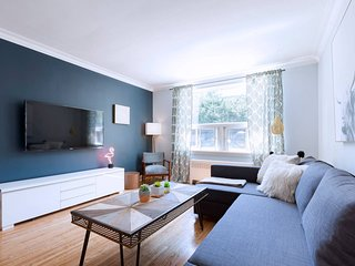 Gorgeous & Bright 4-Bedroom in Forest Hill