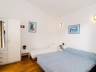 Apartments Klara-Gorjana-Comfort Studio with Balcony and Sea View (2)