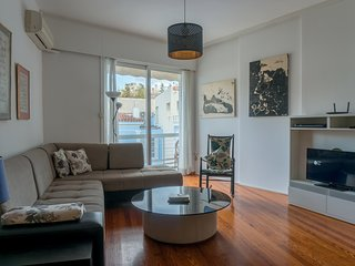 Plaka Mews chic Athenian apartment by JJ Hospitality