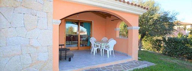 SAN TEODORO-SARDEGNA villa with swimming pool, private parking, air-conditioned