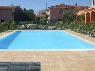 villetta con piscina san teodoro, vacation rental in San Teodoro