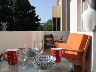 FRUG 34 st.-Next to the beach-2 bedroom-sunny balcony