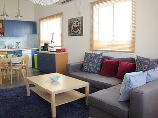 Shats street-Great 2bdms apt BY Gordon Beach*
