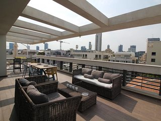 SHEINKIN PENTHOUSE -4 Bedrooms-WOW!!!!!!!!!!!!