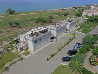 Roseto Beach Club no4 Beach Front Property