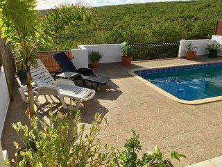 Swimming Pool, Endless Sea Views, Breezy & Quiet