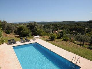 Bastide provencale + piscine et pool-house au calme avec vue panoramique except.