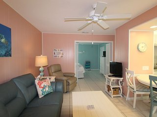 Relaxing Condo on Siesta Key - Close to beach