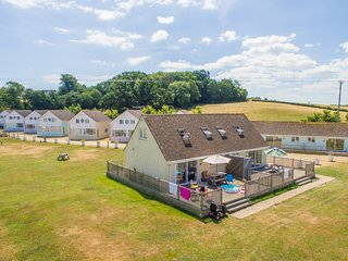 Salterns Village, Premier 3 Bedroom Cottage, Seaview, Isle of Wight