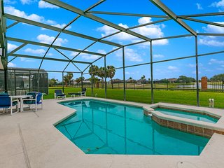 Beautiful golf course view, pool home 640