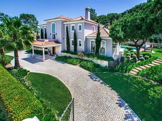 Quinta do Lago Villa Sleeps 10 with Pool Air Con and WiFi - 5743929