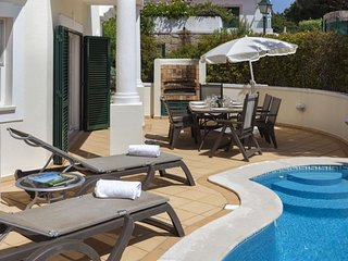 Fantastic 3 bedroom duplex apartment with private pool in Vale do Lobo