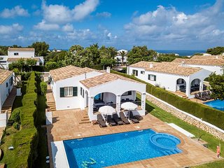 3 bedroom Villa with Pool, Air Con and WiFi - 5333881