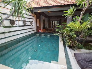 2BR Villa with Private Pool & Kitchen in Strategic Location