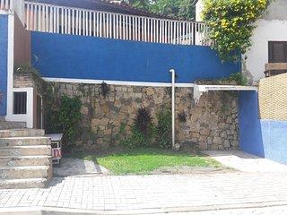 Vila Canto em Ilhabela ,facil acesso , local seguro