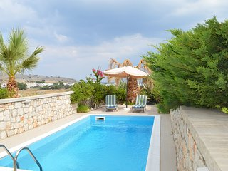 Villa with private swimming pool | Fully Equipped | 5 Minutes from the beach