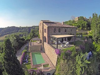 Villa Torre Il Santo - Luxury villa in the heart of Chianti