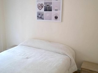Cozy apartment in the center of Logrono with Parking, Internet, Washing machine
