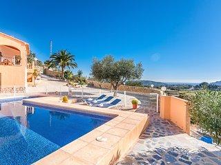 SANT ANTONI,villa rustica para 8 pax en las colinas de Benissa wifi gratis
