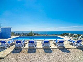 JOANA,casa en las colinas de Benissa para 16 pax con vistas al mar wifi gratis