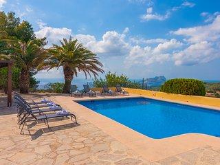 ROMANI,villa para 8 pax en Benissa ,con vistas panorámicas. wifi gratiuto