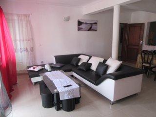 Casa Cabral : Big Apartment next to the beach