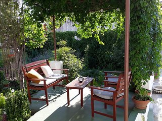 Spacious apartment in the center of Primosten with Parking, Internet, Air condit