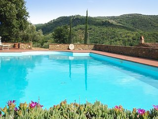 Cozy house in Pergine Valdarno with Parking, Internet, Pool, Terrace
