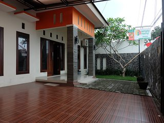 Simply Homy Guest House Unit Sawit sari