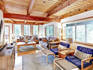Updated 3BR w/ Balcony, Deck & Private Hot Tub – Near 3 Top Ski Resorts!