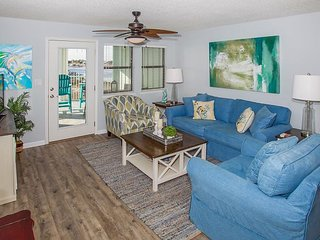 Completely Updated w/ Gulf & River Views + Private Balcony — Steps to Beach