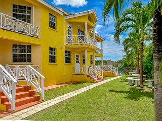 Best E Villas Two Bedroom Apt With Pool At Prospect St. James, Near The Beach.