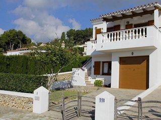 3 bedroom Villa with WiFi - 5333902