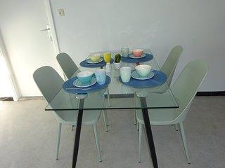 renovated 70s apartment