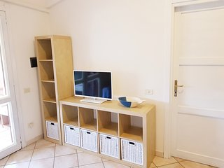Comfortable apartment with terrace and garage 10 min walk to the center