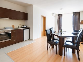 Charming 1 Bedroom Apartment for up to 4 Guests