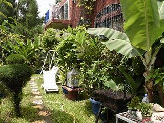 Magnifique Loft Avec Jardin A Cote Villa