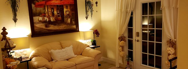 ♡♡ Private Entry - EUROPEAN HOSPITALITY ♡♡, holiday rental in Golden Gate