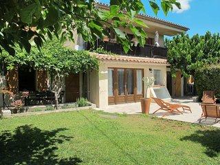 Saint-Cyr-sur-Mer Apartment Sleeps 8 with Pool and Free WiFi - 5759028