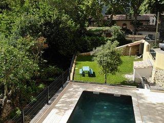 Studio 40 m2 avec jardin et piscine