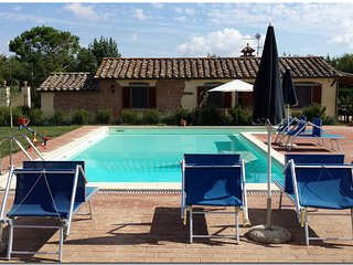 Il Villino di Cortona (Relaxing home, exclusive pool, in the Tuscany heart).