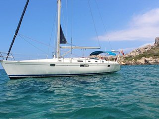 Gems Holiday Yacht. A Unique Way To B&B On Gozo