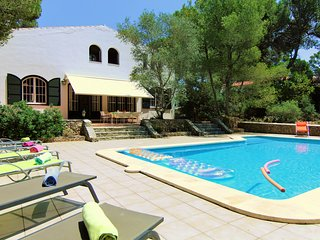 BIG DISCOUNTS Villa Butron - big private pool, free WiFi GOLF